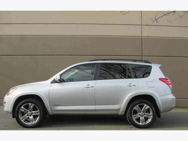 2010 TOYOTA RAV4 SPORT - 1 YEAR WARRANTY - WE FINANCE!