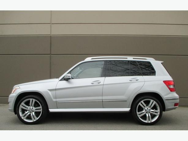 2010 MERCEDES-BENZ GLK-CLASS GLK350 4MATIC - LOW KMS! WE FINANCE!