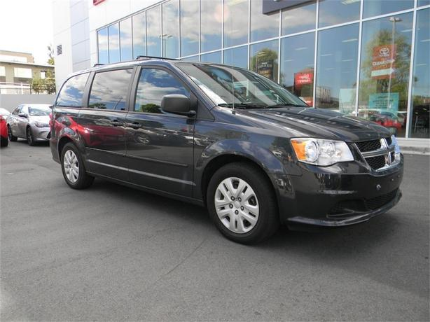 2014 Dodge Grand Caravan SXT FULL STO AND GO NO ACCIDENTS LOCAL VICTORIA ON