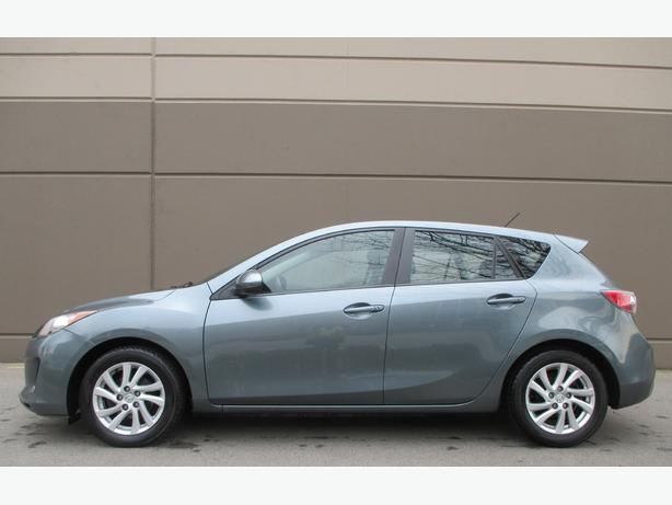 2012 MAZDA 3 SPORT HATCHBACK! WE FINANCE ALL CREDIT!