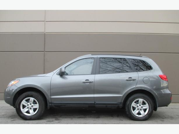 2009 HYUNDAI SANTA FE - 1 YEAR WARRANTY! WE FINANCE!