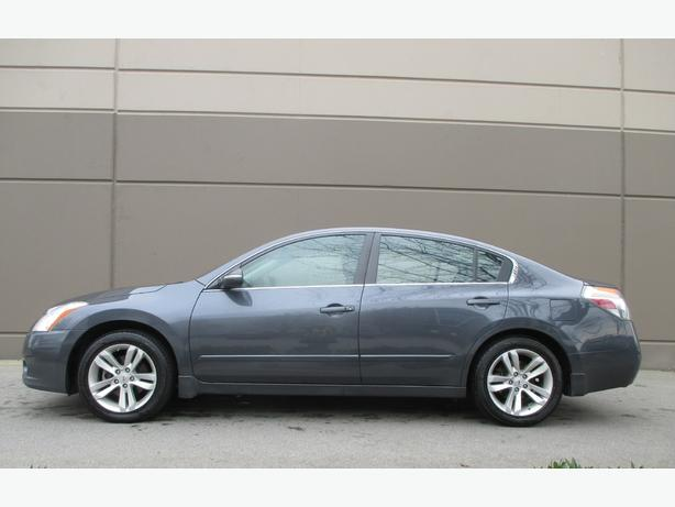 2012 NISSAN ALTIMA 3.5 SR - NAVIGATION - BACKUP CAM - WE FINANCE!