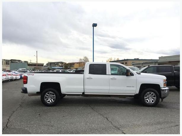 2016 chevrolet silverado 3500hd lt outside victoria victoria. Black Bedroom Furniture Sets. Home Design Ideas