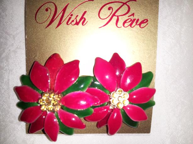 CHRISTMAS EARRINGS (Never Worn)