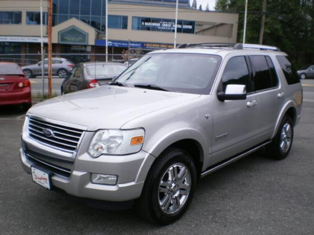 2008 Ford Explorer Limited. leather, sunroof, 7 passenger,
