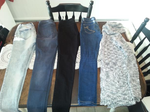 Teen/Women's jeans and sweater