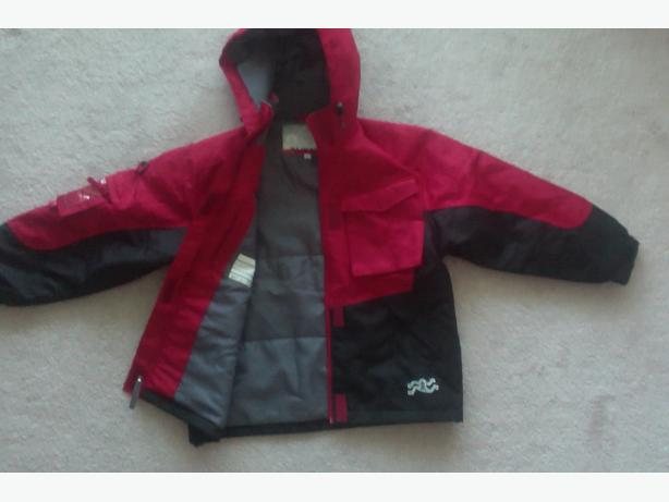 Snow Jacket and pants for a kid up to 150cm height