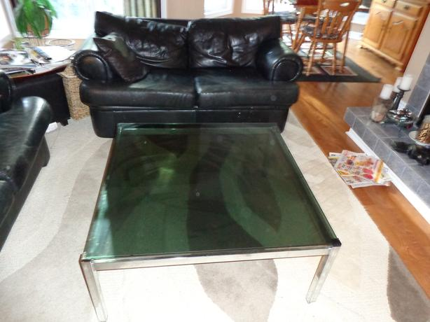 Leather Loveseat from Exclusively Leather