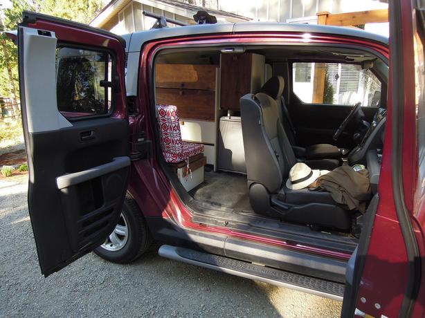 ultimate honda element van camping conversion outside comox valley comox valley. Black Bedroom Furniture Sets. Home Design Ideas