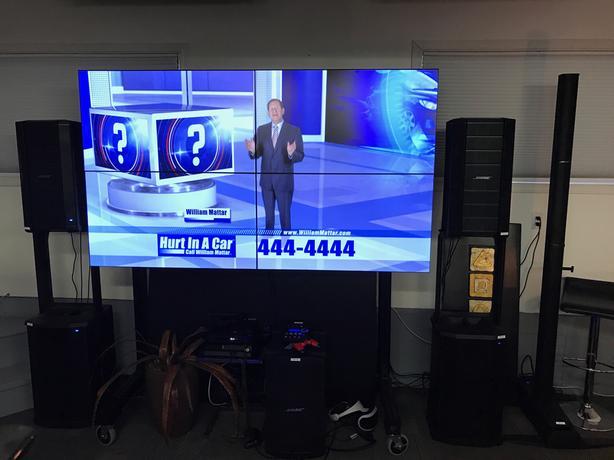 "4K VideoWALL 4 x 46"" Samsung UD46E-C w/4 SBB-DI , stand and BOSE SOUND"