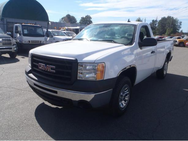 2011 GMC Sierra 1500 Regular Cab Long Box 4WD