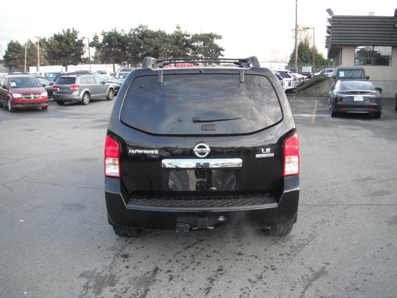 2011 Nissan Pathfinder Le Silver Edition 4wd 7 Passenger