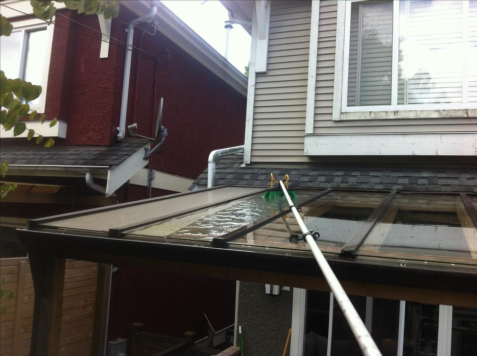 Chemical Free Window Cleaning Amp Siding Gutter Scrubbing
