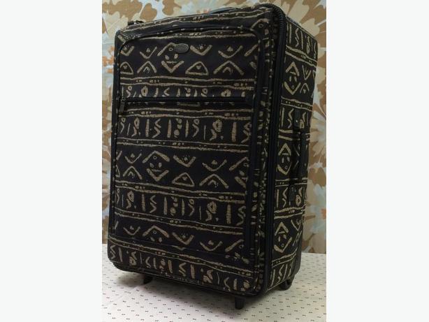 Ricardo Beverly Hills - 2 Piece Luggage Set, lightly used