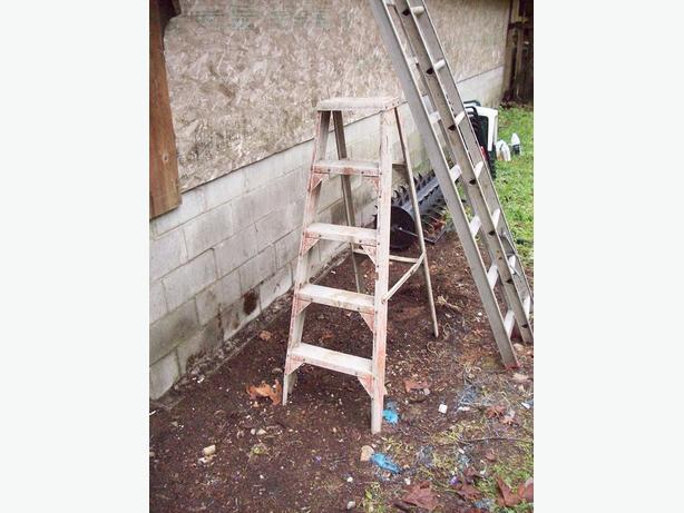 how to put an extension ladder back together