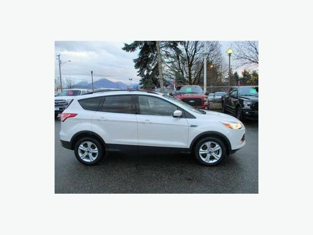 2013 Ford Escape SE 4x4 Navigation and Leather!!