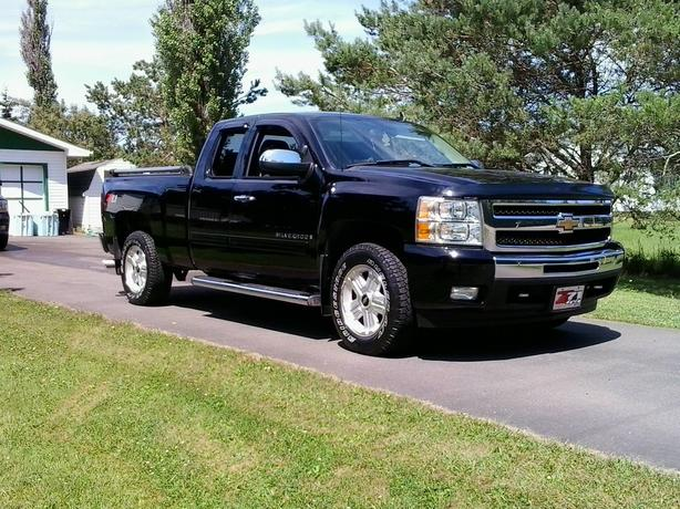 For sale:2009 chev silverado