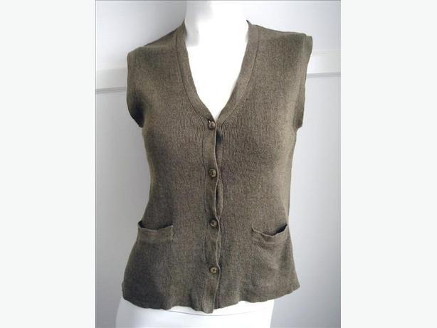 Moss Green Button-Up Knit Vest