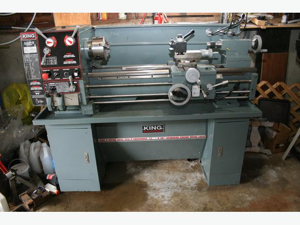 King Industrial Gearhead Engine Lathe