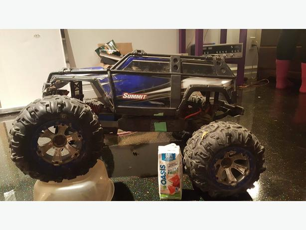 Traxxas Summit Rc Monster Truck 1/10(1/8)Water Proof