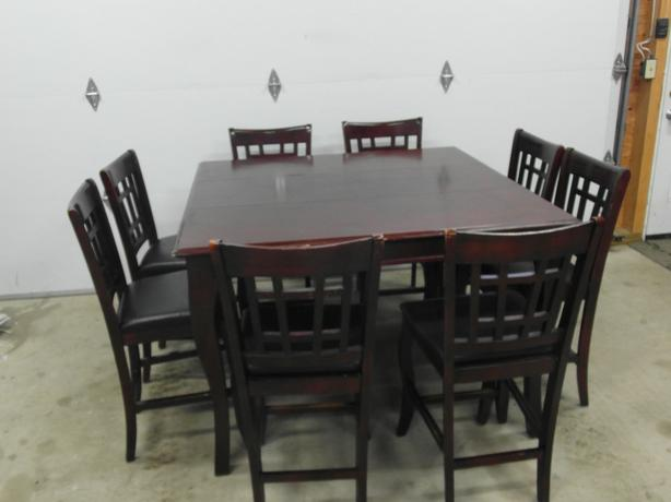 "pub style dining table with 8 chairs & a 18"" leaf"