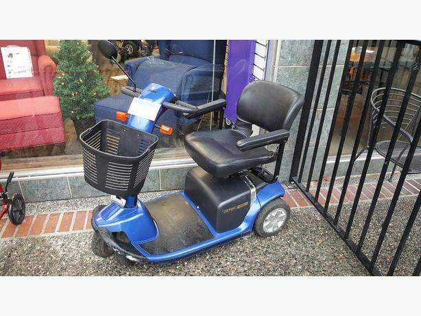 Used Scooter - 3 Wheel - Pride Legend
