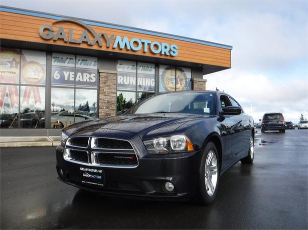 2012 Dodge Charger SXT - RWD, Leather Int, Reverse Camera
