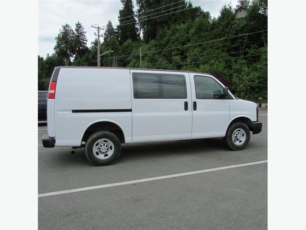 2009 Chevy Express 3500 Hd 1 Ton Cargo Van 95 000km Malahat Including Shawnigan Lake Amp Mill