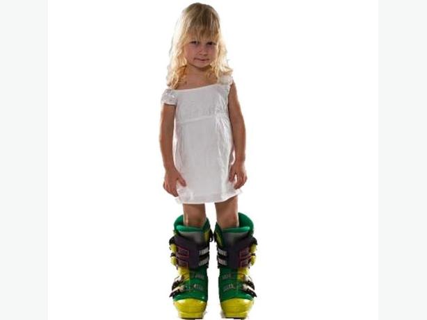 Ski Boots ~ Children Small Sizes
