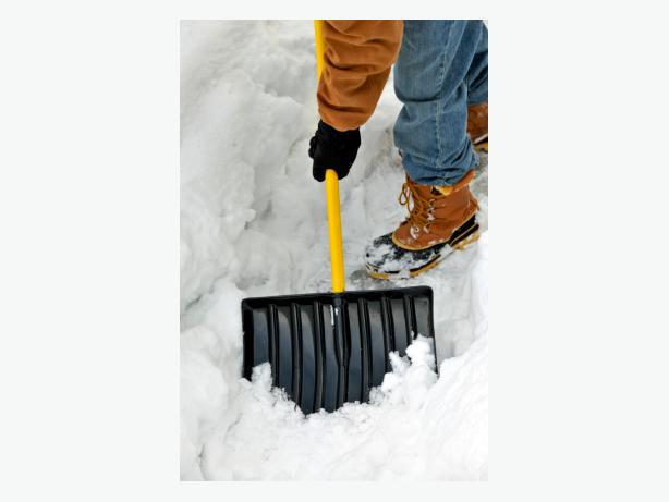 Snow Shoveller Wanted