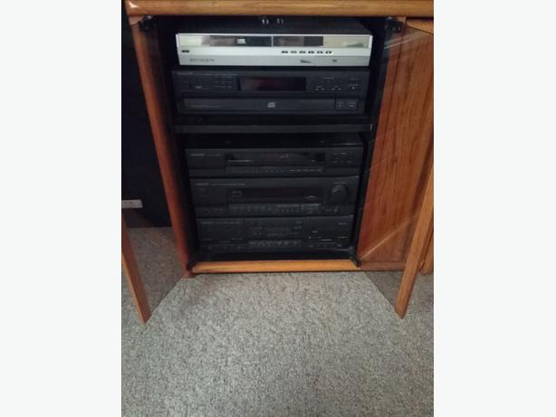 Kenwood Am Fm Stereo And Cabinet West Shore Langford