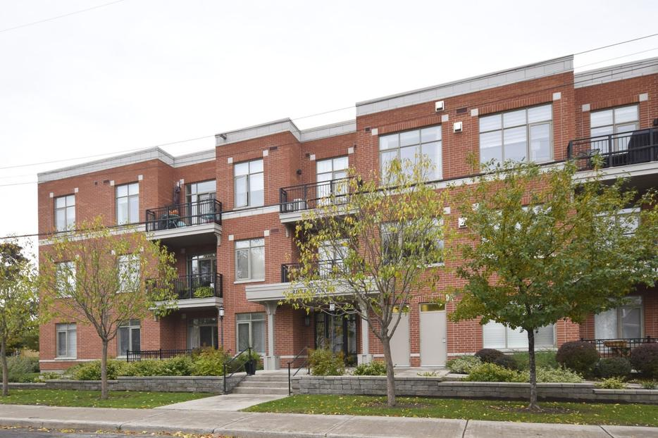 Sold 104 950 marguerite ave central ottawa inside for 104 terrace view ave
