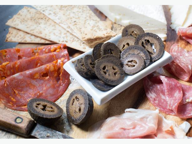 An Amazing Gift for your Foodie Friend - Pickled Walnuts!