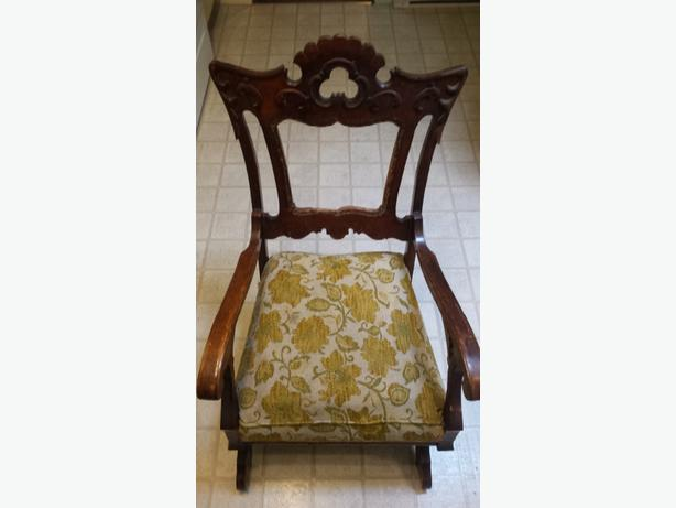 Beatiful antique rocker