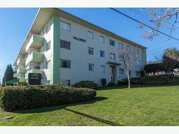 Avail. Jan  WOW  3 bedrooms New Westminster Hillcrest Manor Apartments