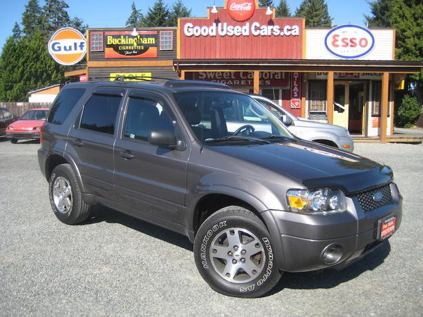 2005 Ford Escape AWD - Big Black Friday Sale on Now!