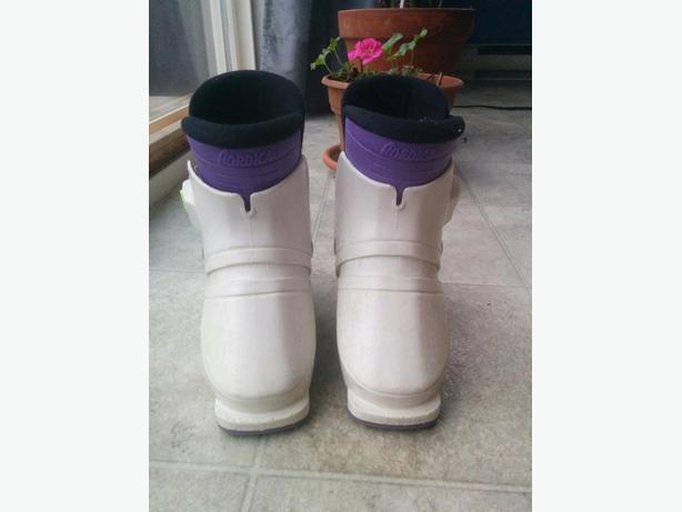 childrens ski boots size 17.5