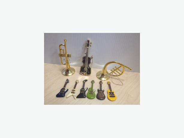 9 CHRISTMAS ORNAMENTS MUSICAL INSTRUMENTS