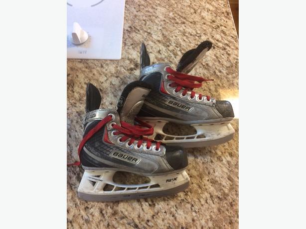 Bauer hockey skates Youth 11