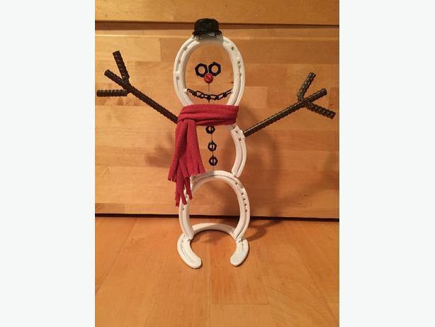 Horseshoe Snowman