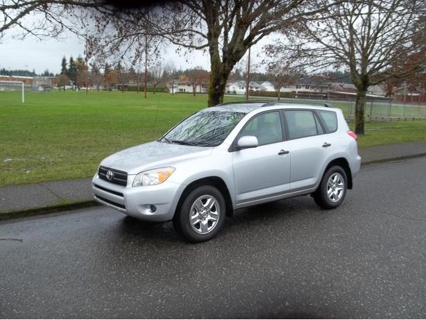 2006 RAV 4 ALL WHEEL DRIVE-CALL HART AT 250 724 3221