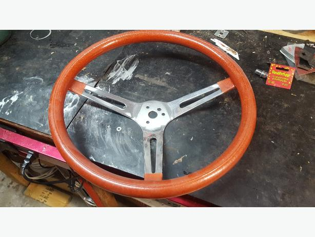 Orange metal flake wheel