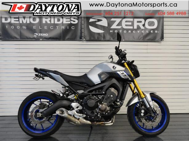 2015 Yamaha FZ-09 Sport Bike * This could be your next bike! *
