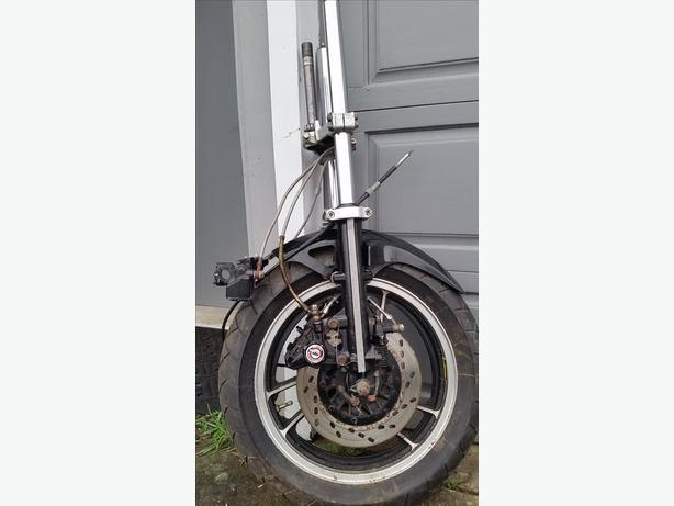 Suzuki gsx front suspension