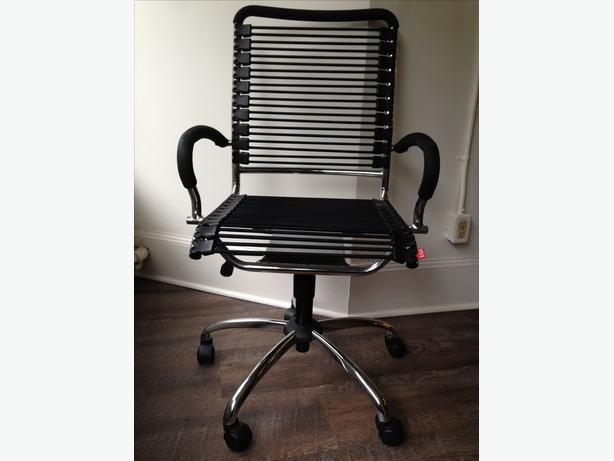 Twist Professional Office Chair Excellent Condition Victoria