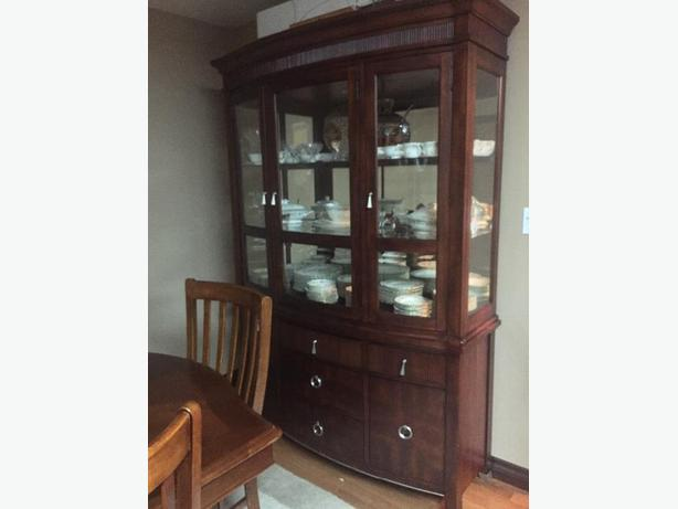 High end china cabinet with lights