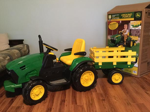 Peg Perego Tractor And Trailer : Peg perego volt ride on tractor with trailer parksville