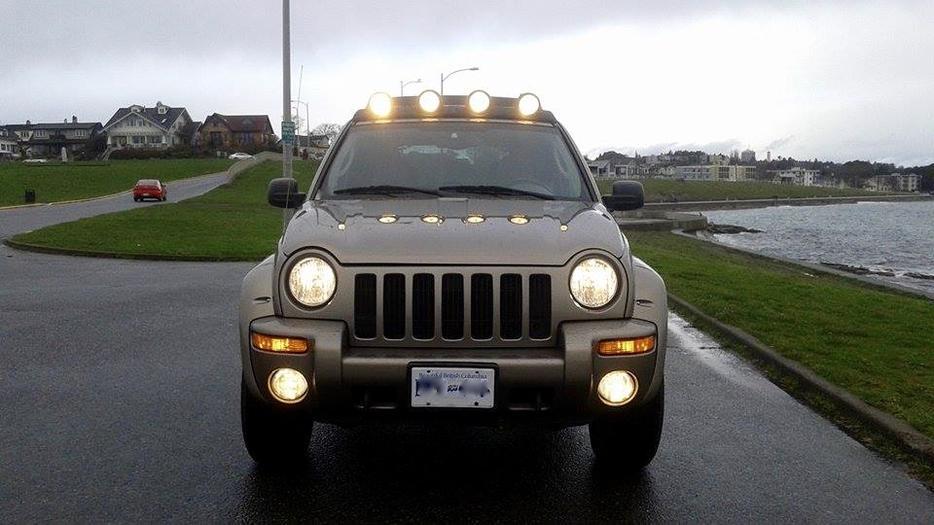 2004 Jeep Liberty 4x4 Renegade Edition Victoria City Victoria