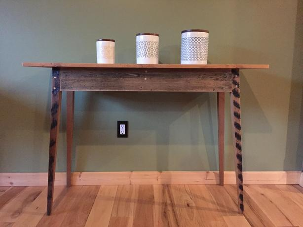 RECLAIMED SOLID WOOD CONSOLE TABLE