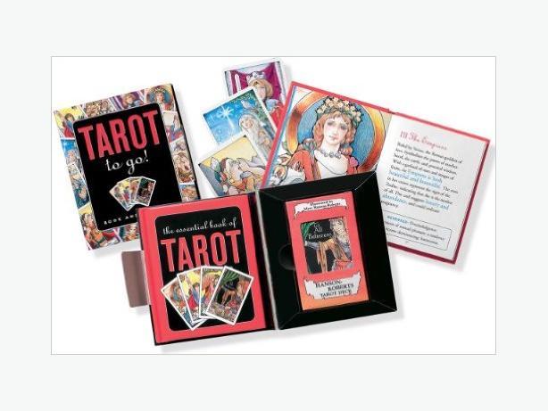 TAROT TO GO ACTIVITY KIT - NEW